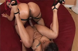 Persuajon simply loves Pinky's strap-on